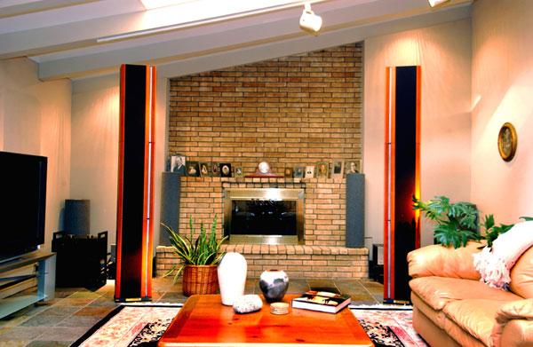 Home-Cinéma et Hi-Fi, parlons matériel... - Page 9 From-hot-seat-72dpi