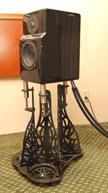 The Harmonic Precision Caravelles On Starsound Technologies Sistrum Speaker Stands