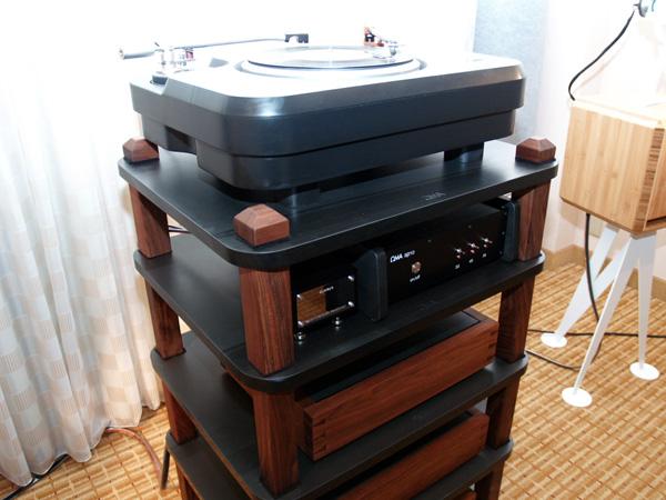 rmaf2. Black Bedroom Furniture Sets. Home Design Ideas