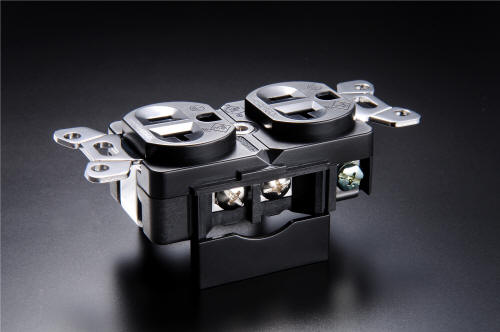 Furutech GTX-D AC receptacle