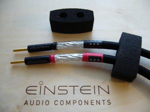 einstein The Flash and Thunder cables