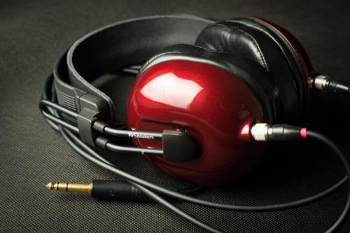 MrSpeakers Alpha Dog Headphones
