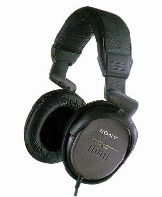 http://2.bp.blogspot.com/-ekZwUffGipI/Tz1e1nfcksI/AAAAAAAAAHk/tIr2qflAYA0/s400/Sony-MDR-CD999.jpg