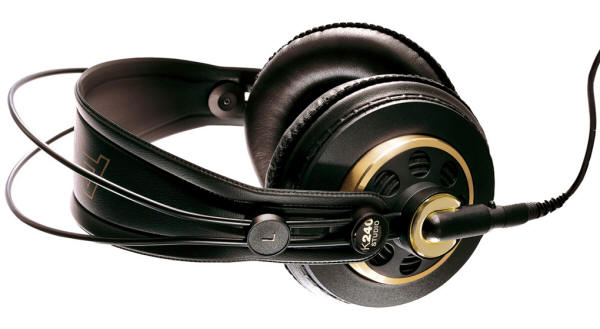 http://musictechreview.s3.amazonaws.com/wp-content/uploads/2014/02/akg-k240-headphones.jpg