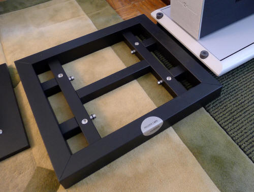 Finite elemente pagode aps amplifier stand for Fenite elemente