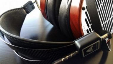 LCD-4-Lifestyle