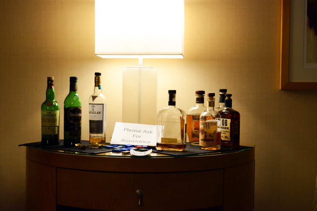 005_PF_Room_Just_Cant_Figure_Out_Why_People_Dropped_By_DSC_1902