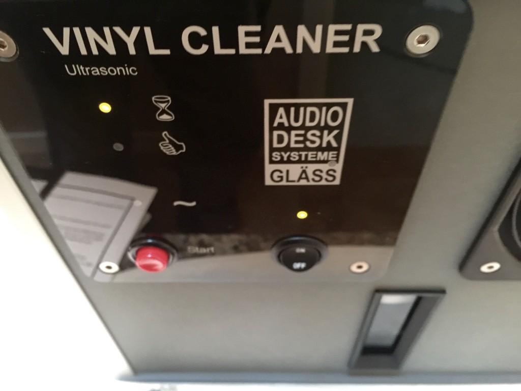 ADS_Vinyl_Cleaner_controls