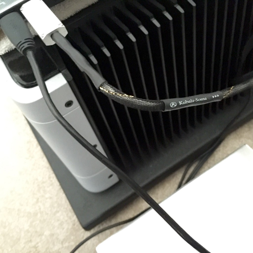 Kubala-Sosna_Realization_USB_cable