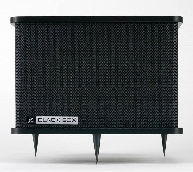 SR_black-box-front-632