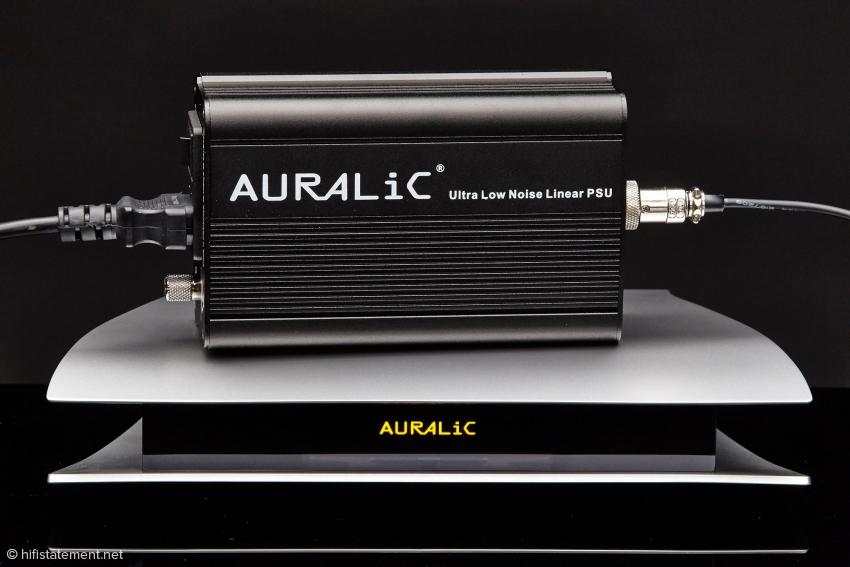 b_850_0_16777215_10_images_content_tests_15-06-05_auralic_14-09-10_Auralic-Aries_004