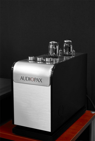 AudioPax l50 Preamplifier and m50 Power Amplifier