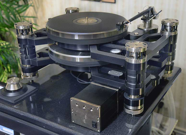 The Kronos Sparta 'Table, Helena tonearm, and Air Tight PC-1 cartridge.