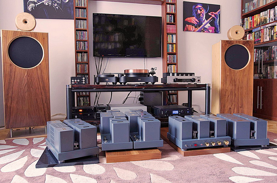 Audio Tekne TFA 9501 Linestage, TEA 9501 Phonostage, and TM 9502 Amplifiers