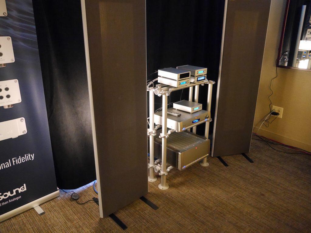 exaSound Parasound Maggie Room