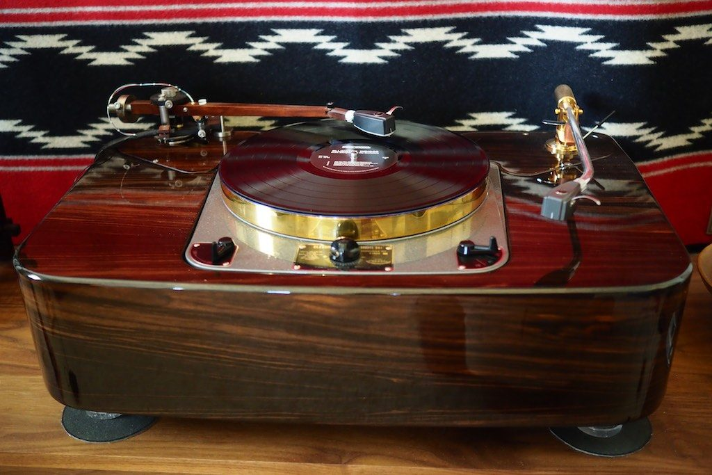 The 12.5-inch Woody SPU Tonearm on the Garrard Project 2015 Player System.