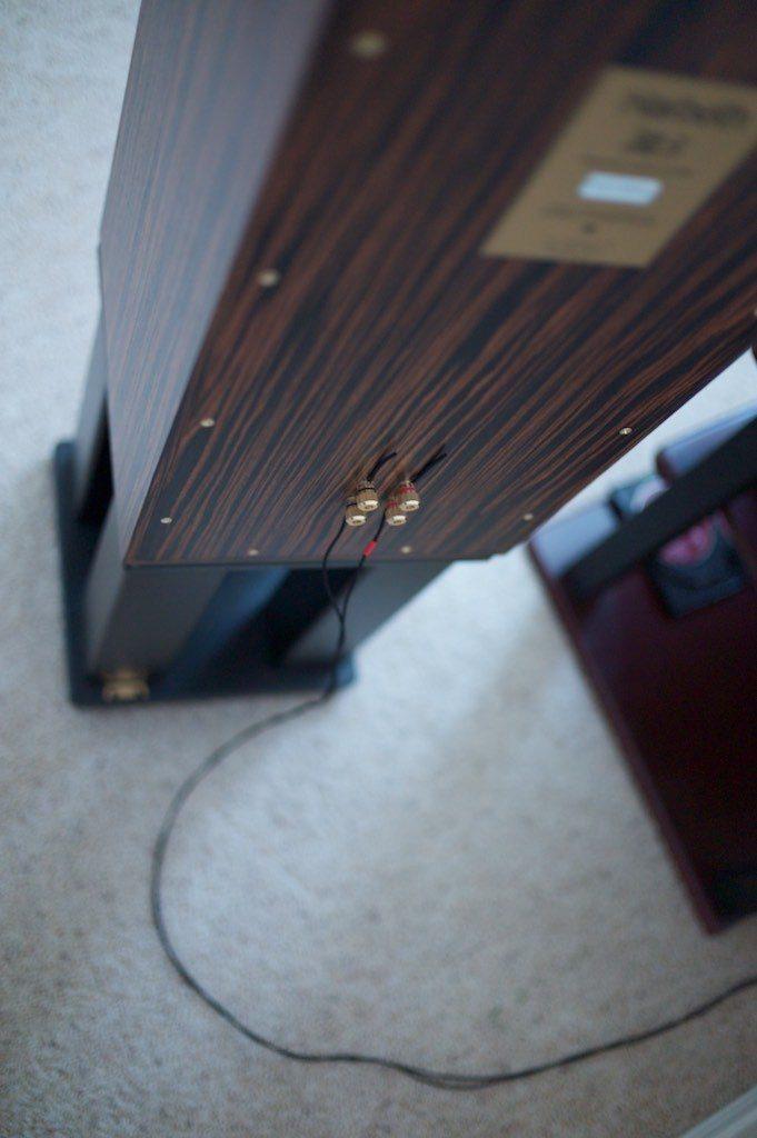 17 DCA16GA speaker cables for the HL5