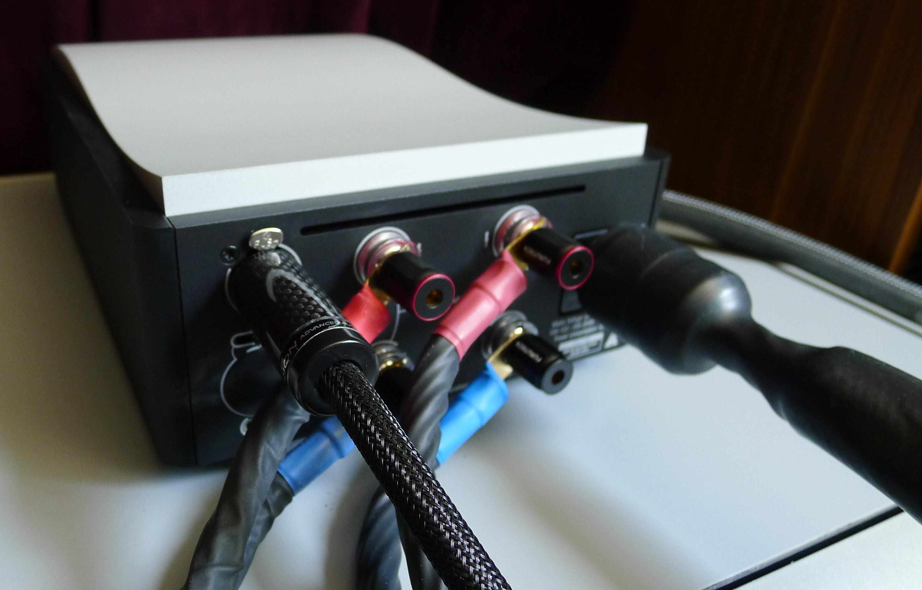 The Mola-Mola Suite - Makua Linestage & Kaluga Mono Amps
