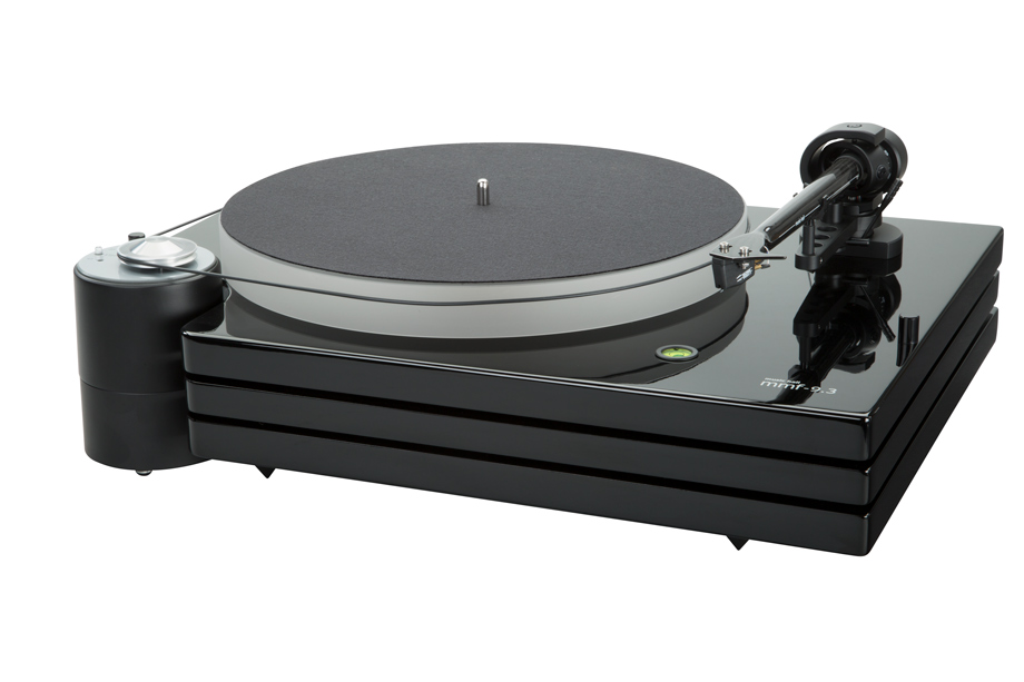 Music_Hall_MMF_9_3_Turntable_Piano_Black_with_Goldring_Cartridge_Angle-920