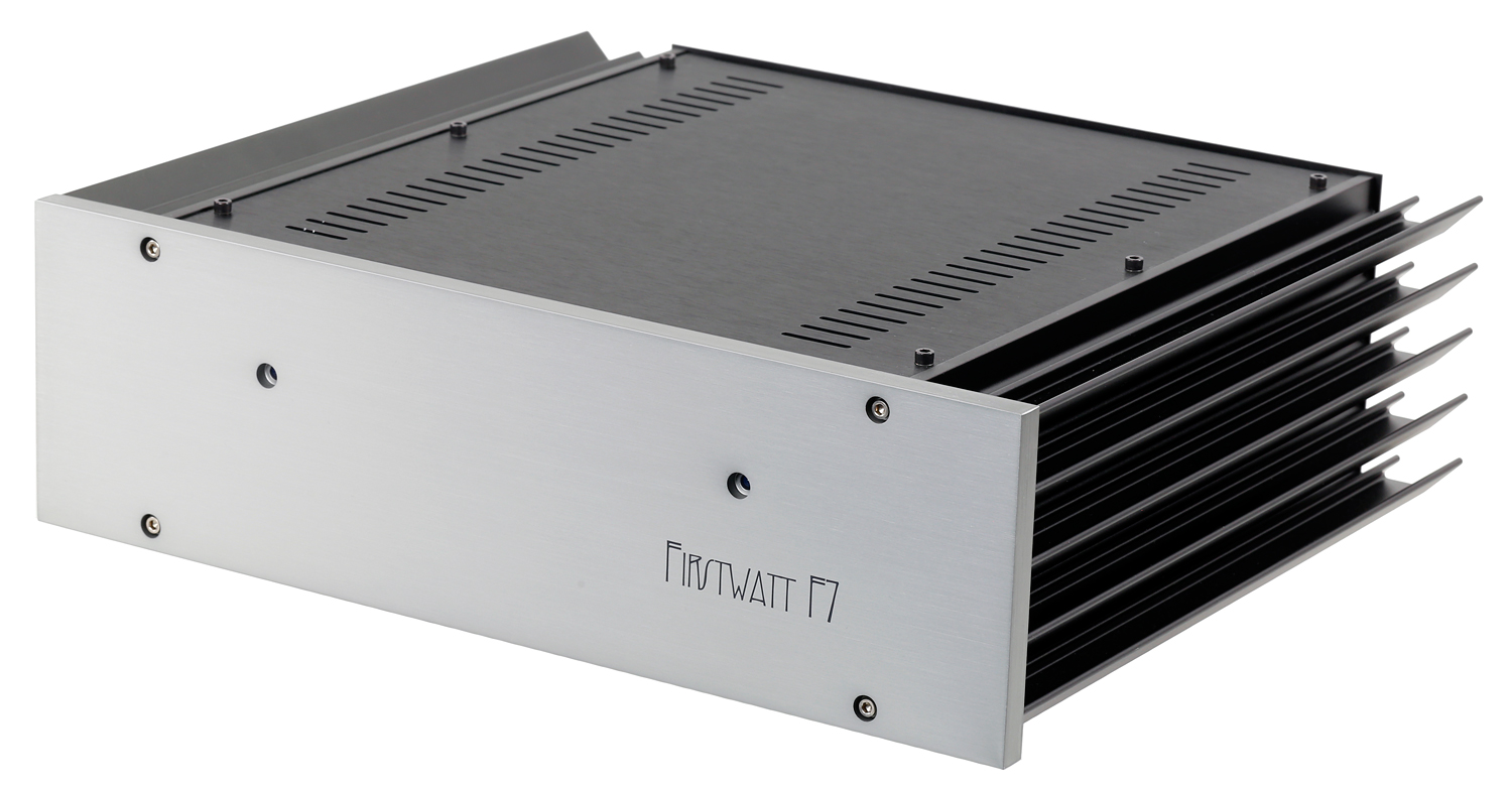 First Watt F7 amplifier