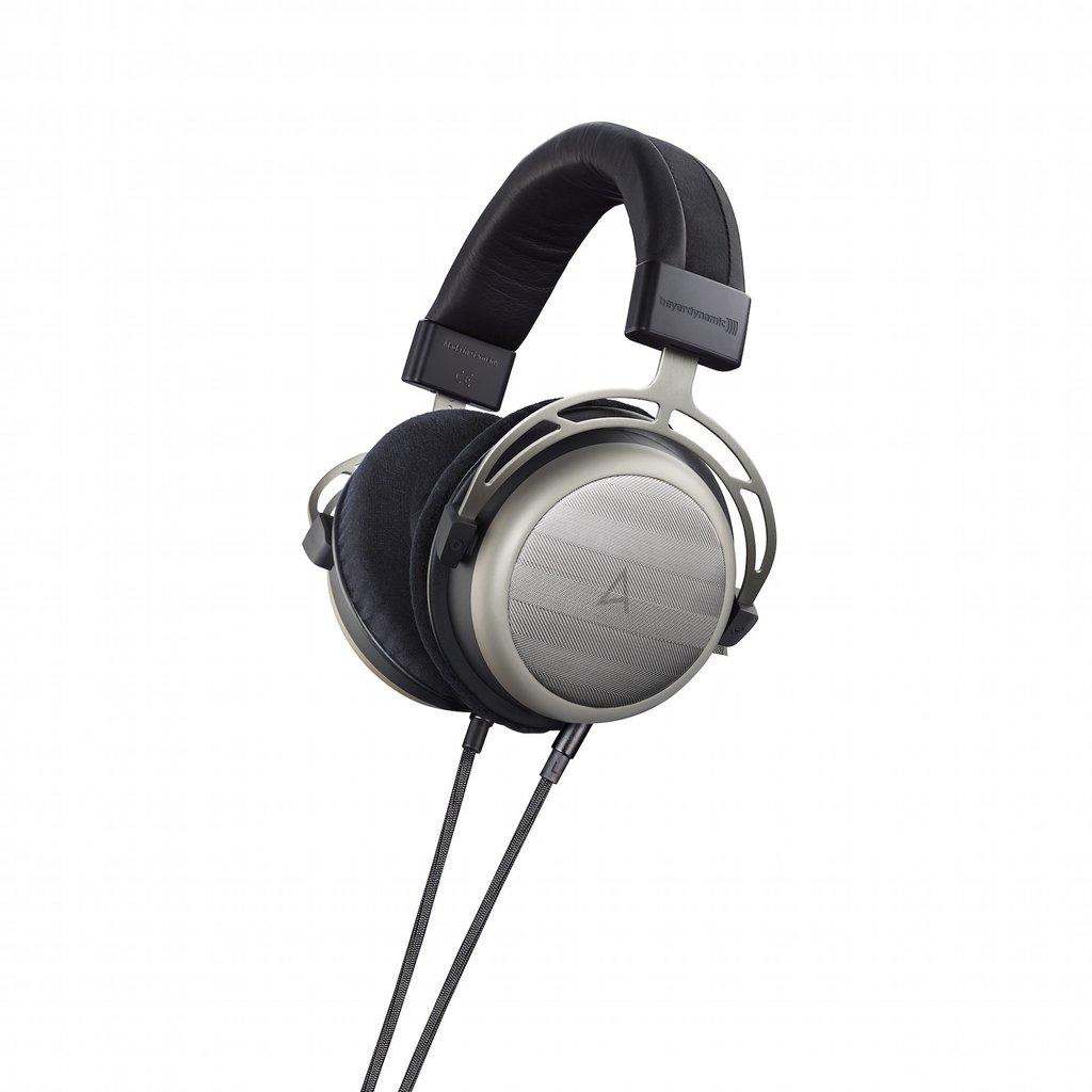 Astell & Kern AK T1p Headphones