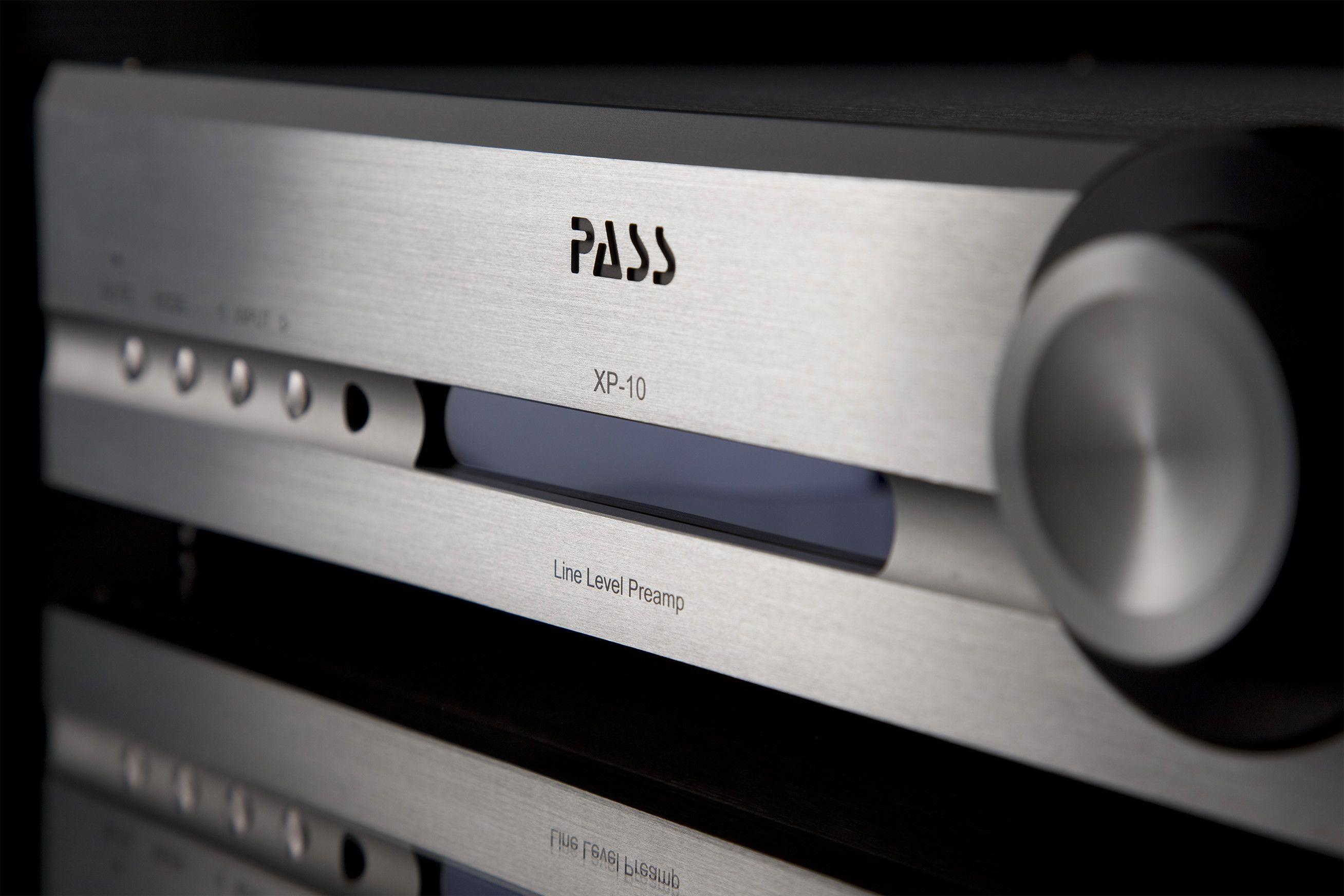 Pass Labs XP-10 Preamplifier