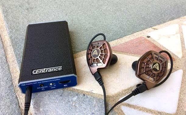 CEntrance Debuts BlueDAC Balanced DAC/Amp at CANJAM