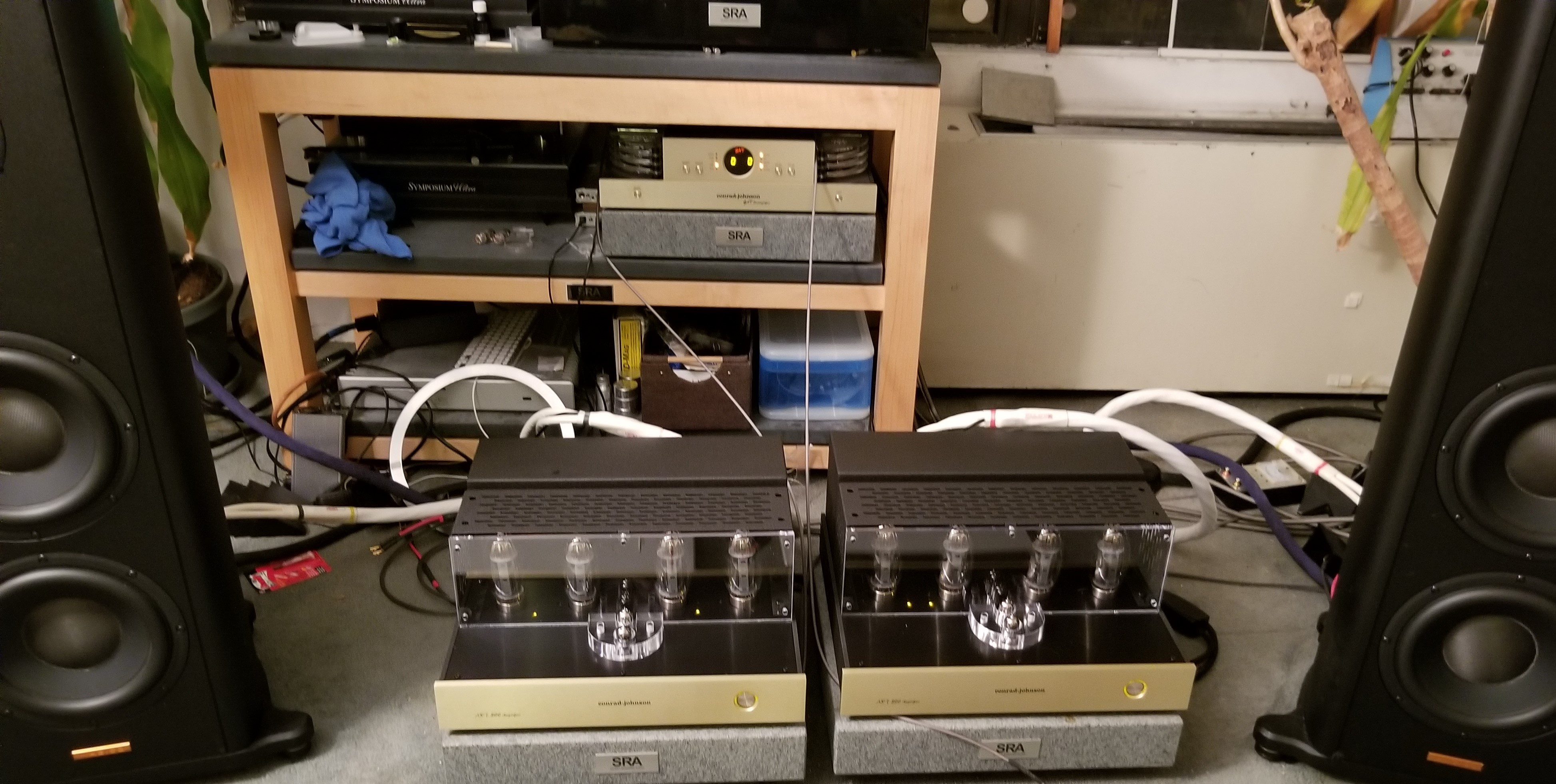 Conrad Johnson 40th Anniversary Art300 Monoblock Tube Amplifiers Touch Audio Wiring Setting The Up Was A Breeze Especially Since They Are Smaller Than Original Art And About 20 Pounds Lighter Side