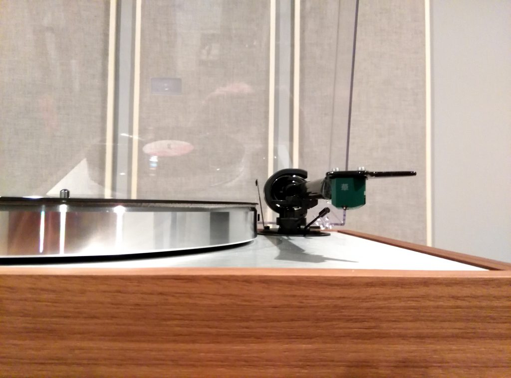 The Hana EL Moving Coil Cartridge: Exceptional Performance at an Agreeable Price Point