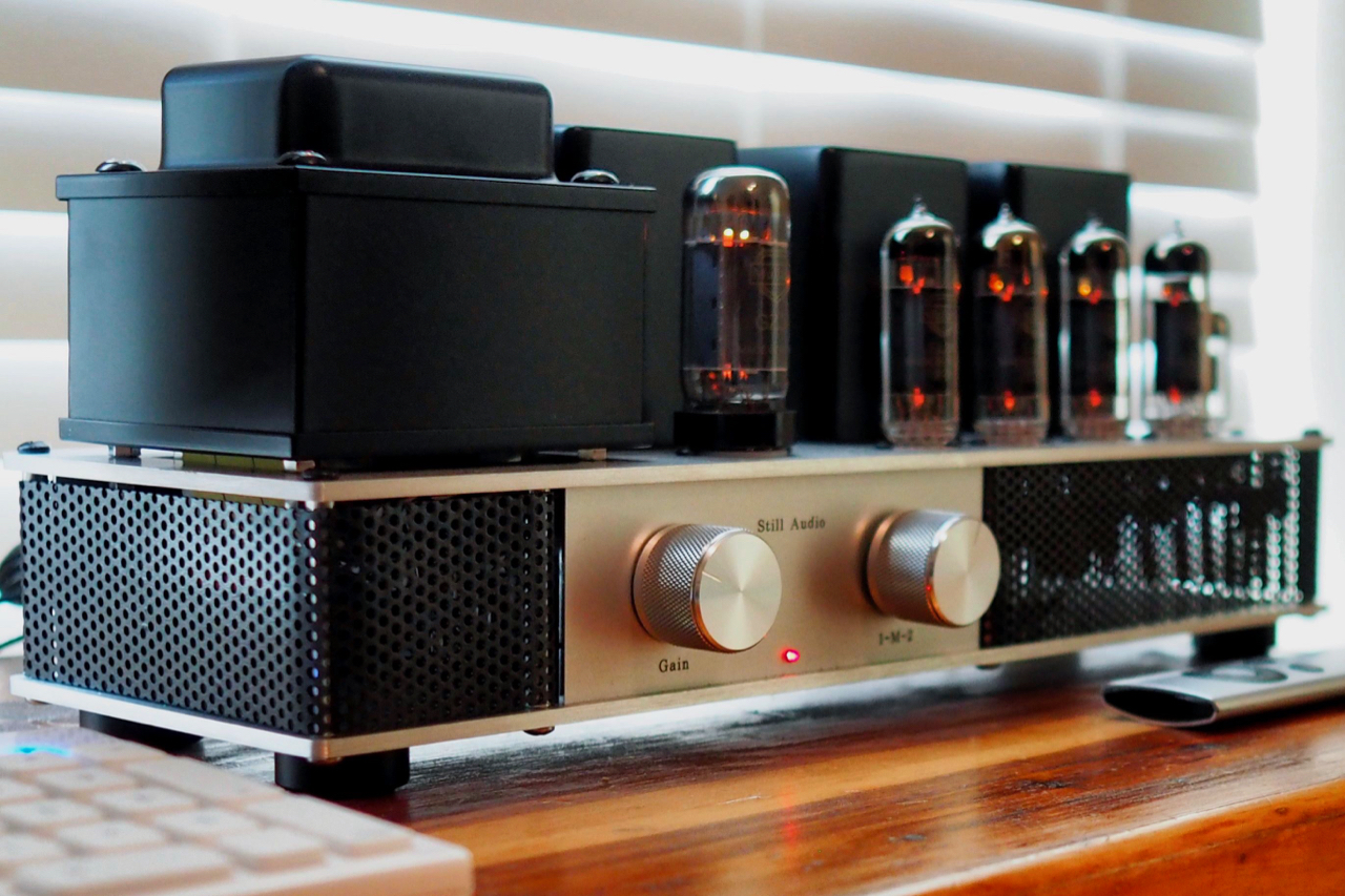 Still Audio El84 Integrated Amplifier Positive Feedback Low Power Impedance Contributing To The Amplifiers Speed And Agility Supply Can Both Channels At Full Output Run About 50 Giving It