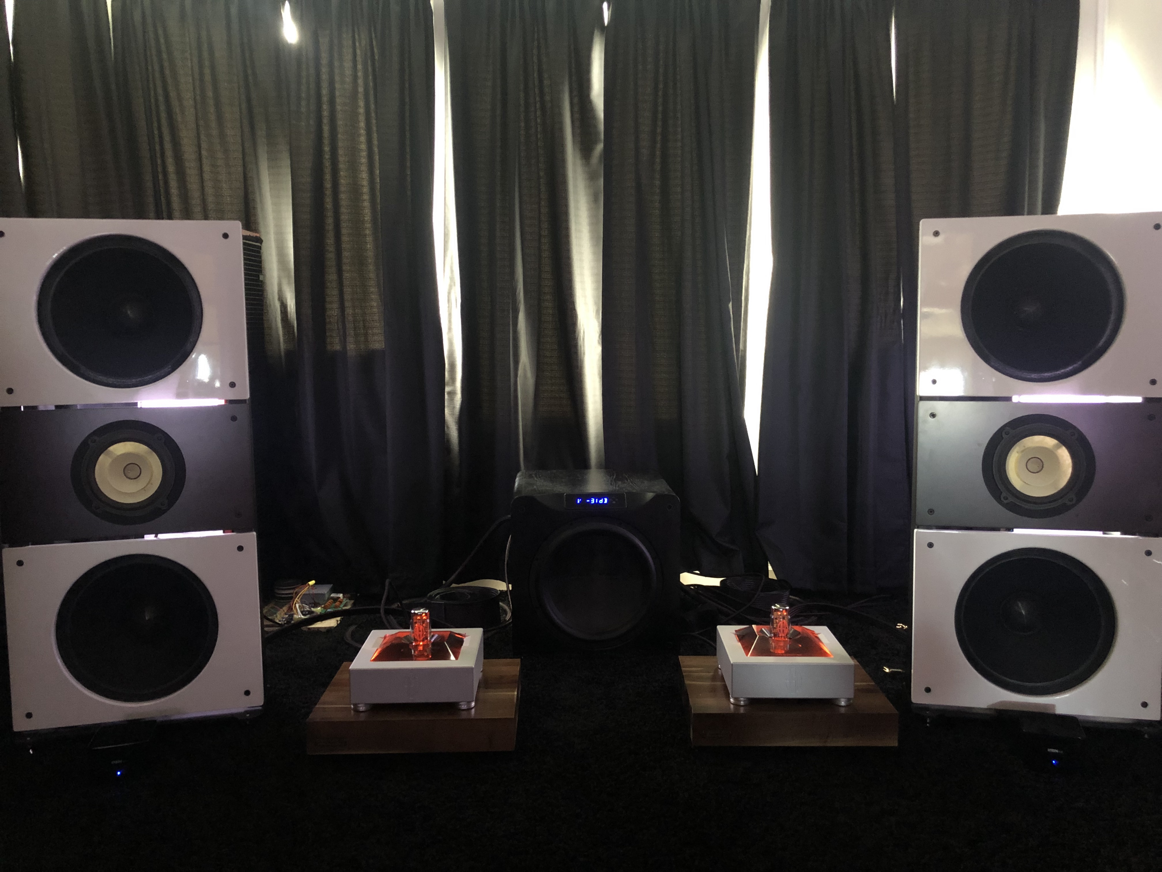 PureAudioProject Trio15 Speaker SystemPureAudioProject Trio15